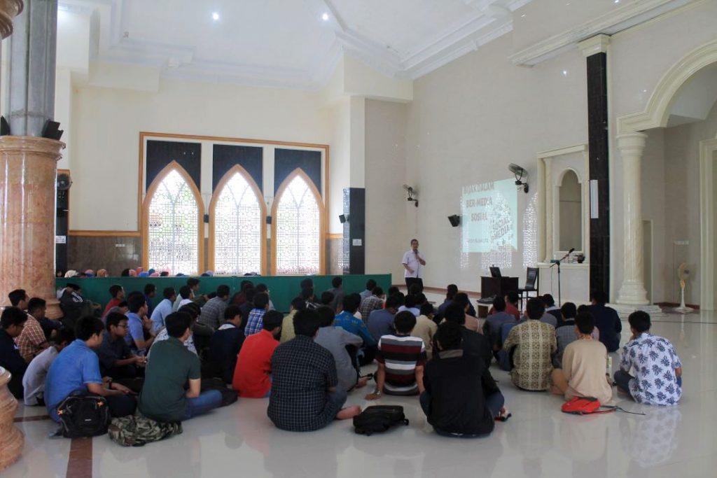 Dorong Bijak Ber-Medsos, Remaja LDII Adakan Seminar