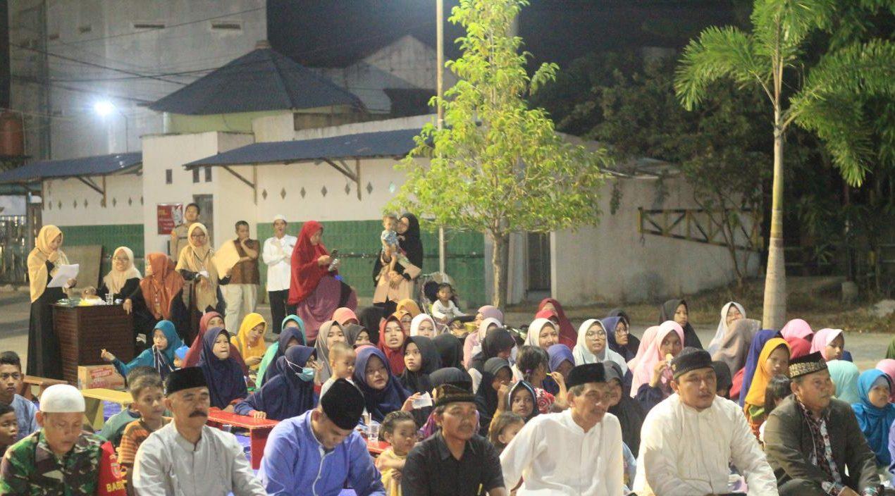 FAMOUS, Familiarity and Religious Generus Bontang Kota