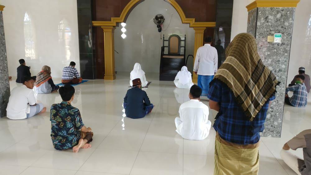 Shalat Jumat di Masjid, Warga LDII Bontang Terapkan Protokol Kesehatan